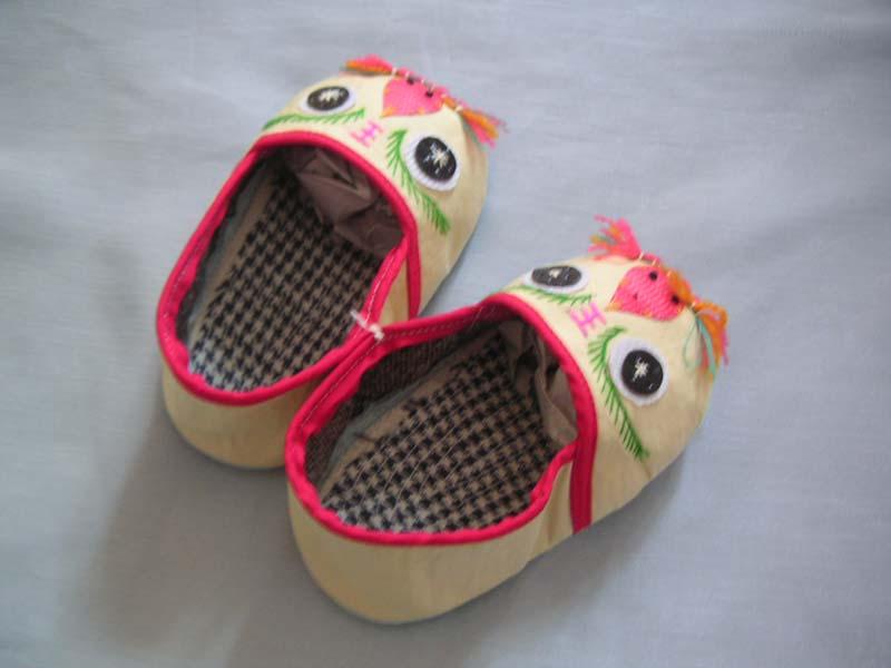 漂亮舒适的婴幼儿手工鞋