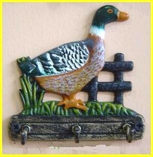 > 田园风格的手绘小柜子,手绘铁艺,版画等即将上市(5月第二期新货)
