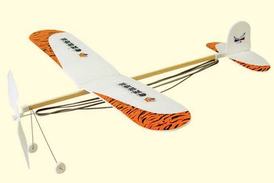 橡皮筋螺旋桨动力滑翔飞机 共三款    ·名称:橡筋动力系列   &
