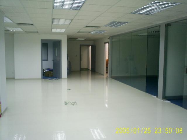 > 龙华硅谷动力清湖园办公室装修完工的照片