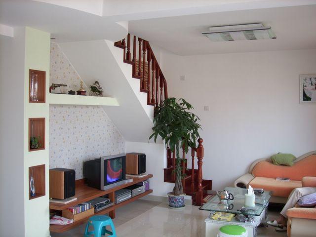 8米高的客厅怎么做阁楼?