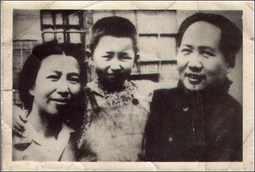 毛主席和江青温馨的生活照※
