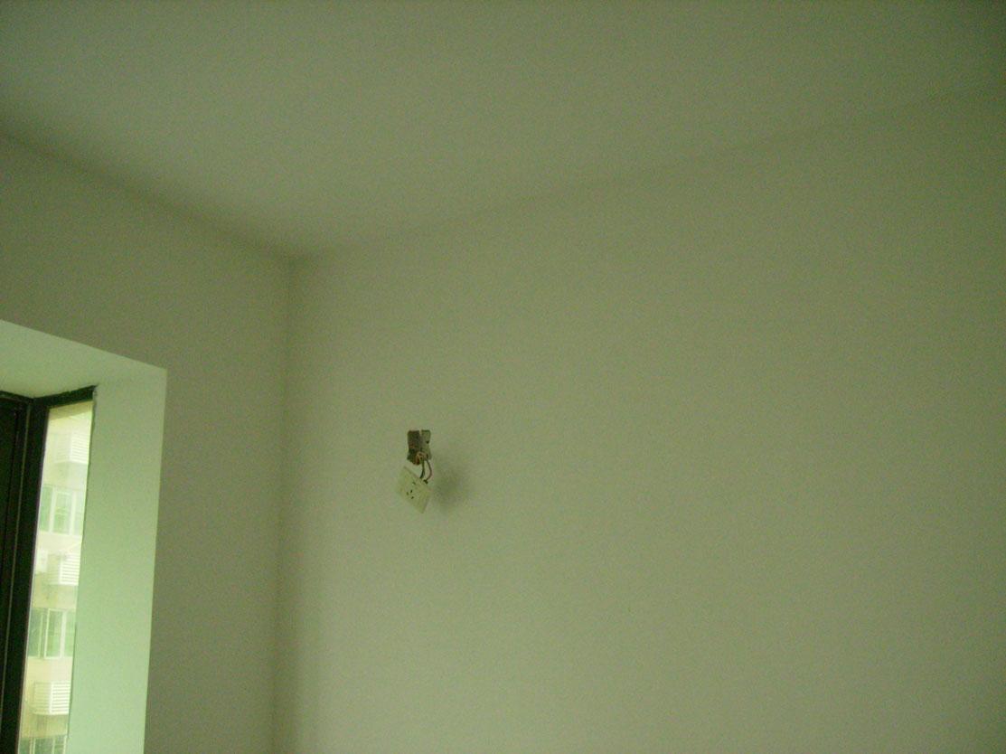 酒红色地板装修效果图客厅图片