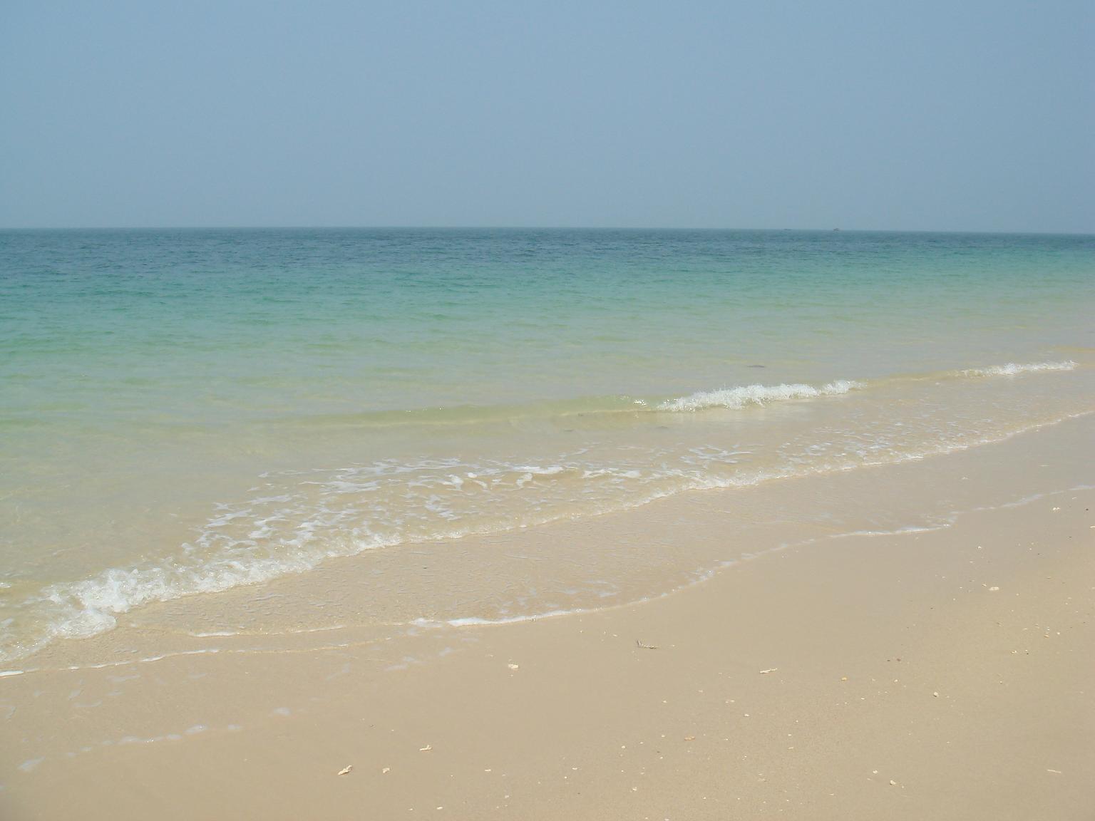 沙滩和海鲜大餐***(湛江