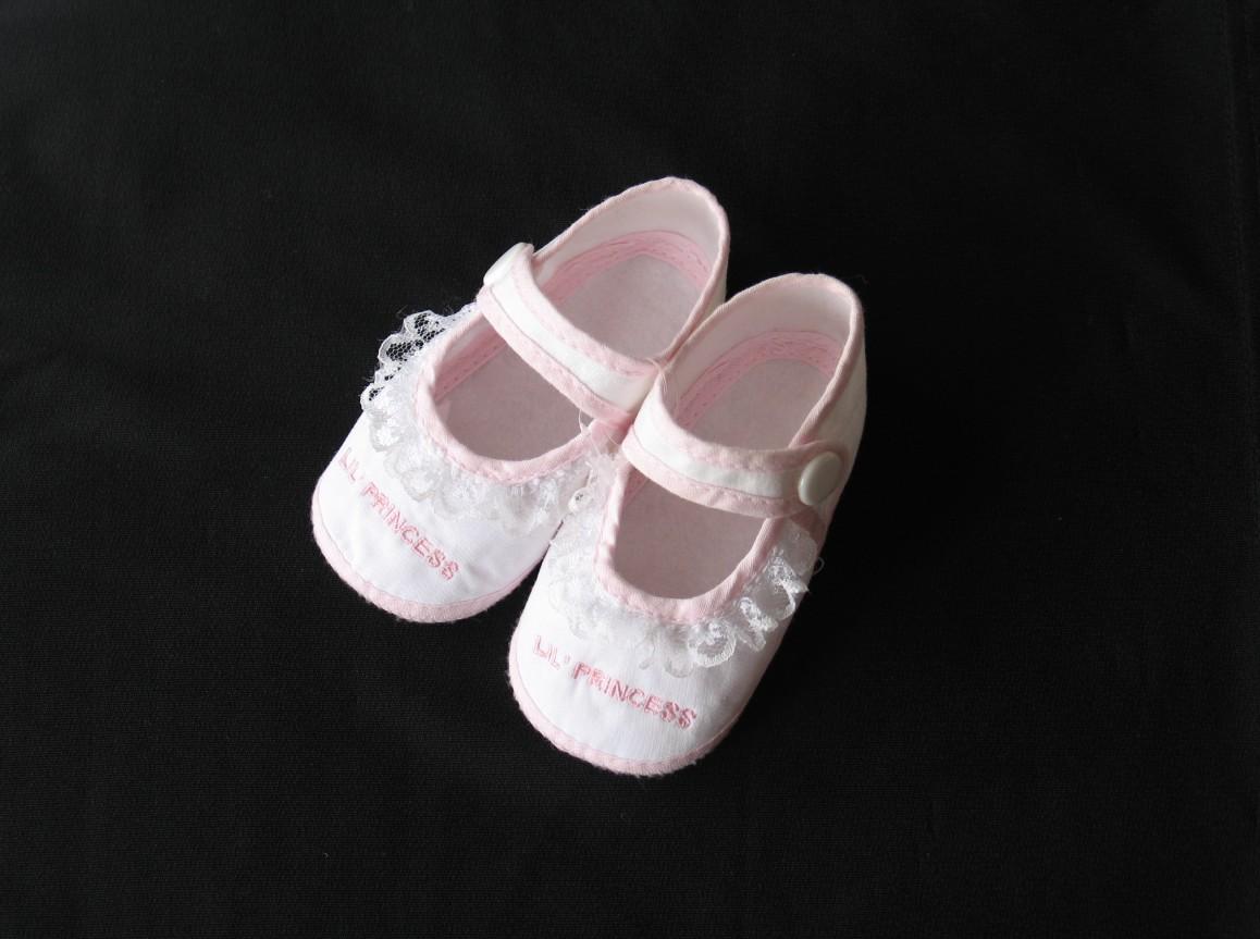 漂亮可爱得可以当装饰品的婴儿小鞋鞋第七帖!女宝宝篇