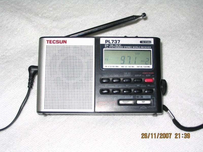 转让收音机 德生pl737